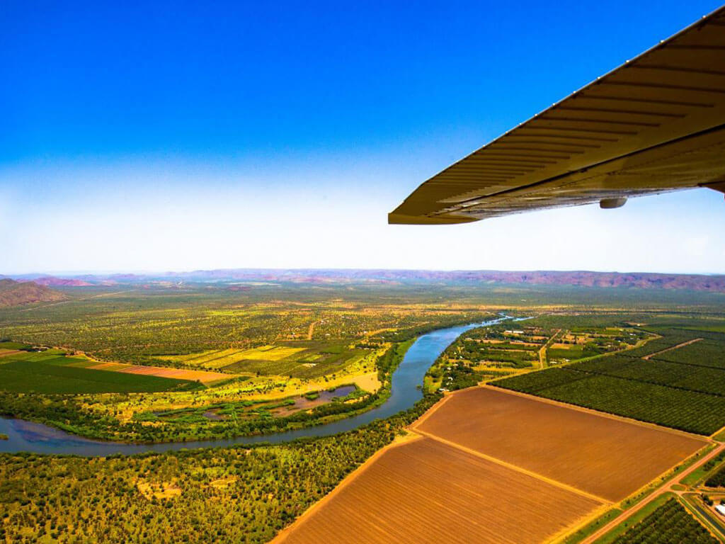 Purnululu Explorer Scenic Flight | Explore the Kimberleys with Kingfisher Tours